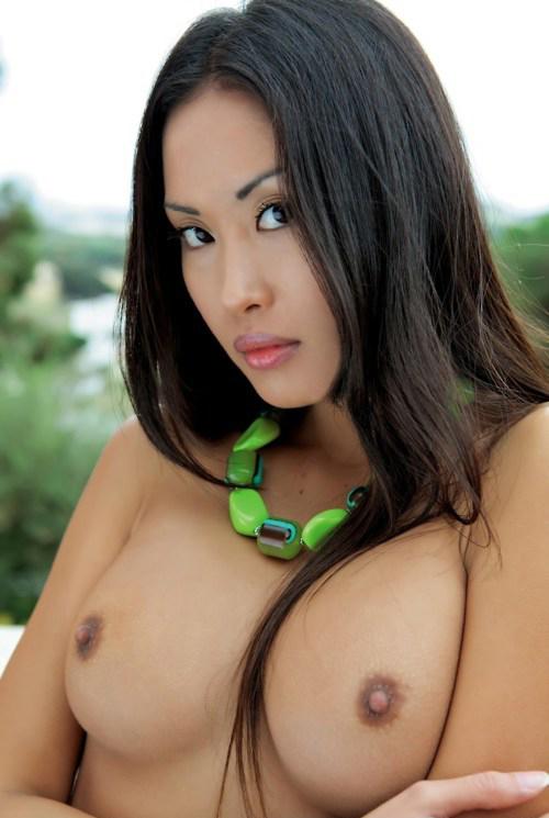heiße Asiatinnen die Schwannz blasen lieben